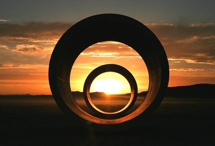 sun_tunnels_Nancy_Holt