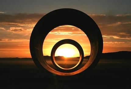 sun_tunnels_Nancy_Holt