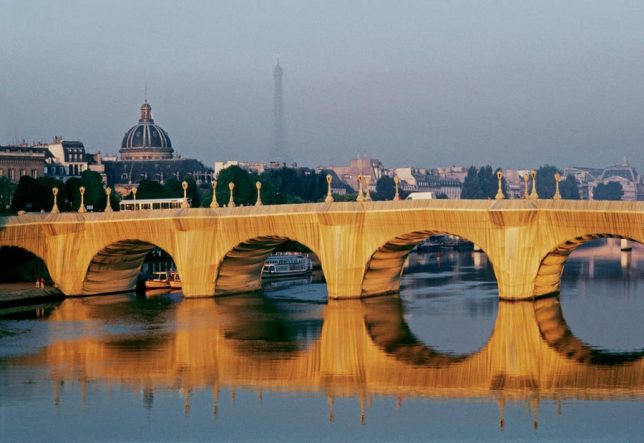 Christo and Jeanne-Claude, Pont Neuf