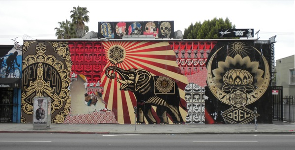 street-art-by-shepard-fairey-on-melrose-ave-los-angeles-15