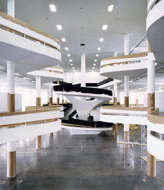 Candida-Hofer-Fundacao-Bienal-de-Sao-Paulo-XI-2005-540x624