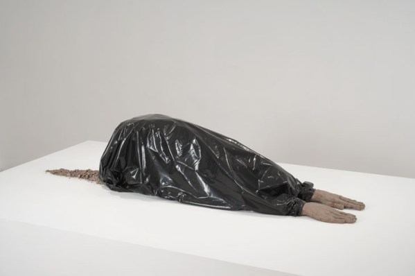 Huma Bhabha, Untilted, 2006 - copie Blasphème