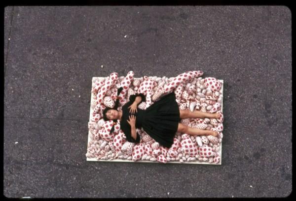 Yayoi Kusama 14th Street Happening, 1966, @StyleRumor - copie