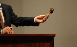 an-auctioneer-of-christie-s-is-about-to-make-a-deal-at-a-sales-session-in-hong-kong_719142