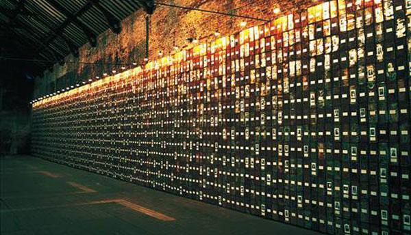 Christian Boltanski, La Bibliothèque des coeurs