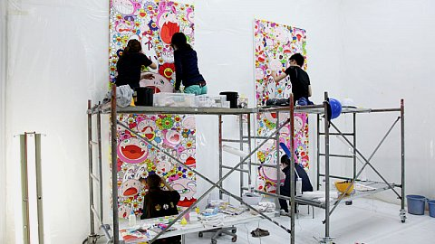 Murakami, assistants