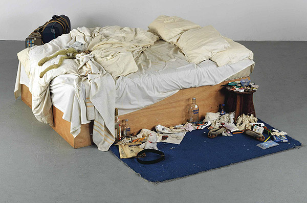 tracey-emin-bed & 10 THINGS TO KNOW ABOUT TRACEY EMIN | Artsper