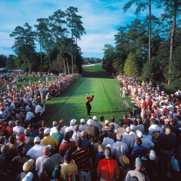 Tiger Woods and his audience in 2001