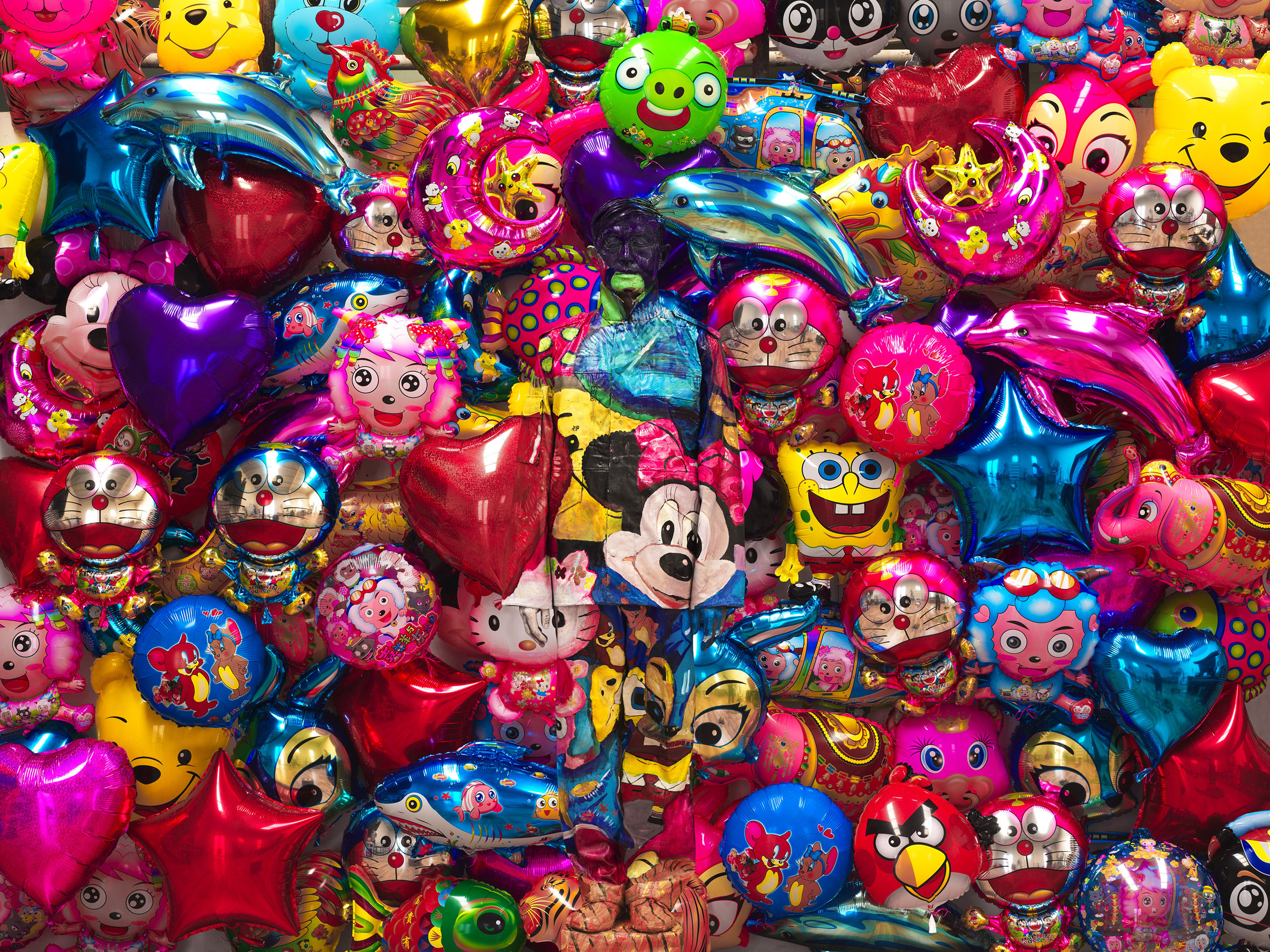 Liu Bolin, Balloon, 2012