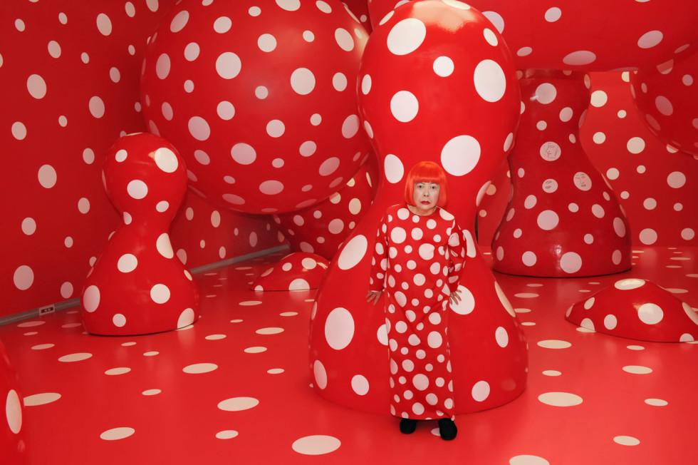 Kusama-Yayoi_Dots-obsession_2012_1500x998-980x652