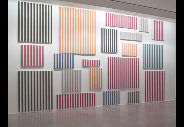 Ensemble de vingt toiles, Daniel Buren, 1966-1977, Musée d'Art Moderne de la Ville de Paris