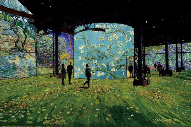 Van Gogh la nuit étoilée Atelier des Lumières