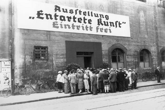 Photographie en noir et blanc de l'exposition de 1937