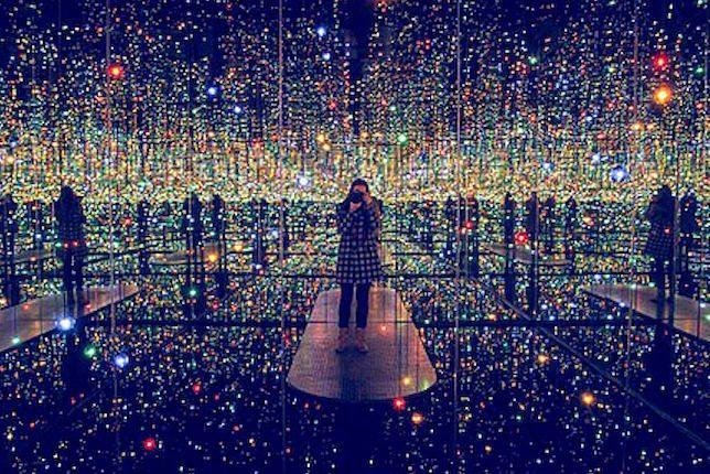 14. Yayoi Kusama, Infinity Mirror Room, 1965