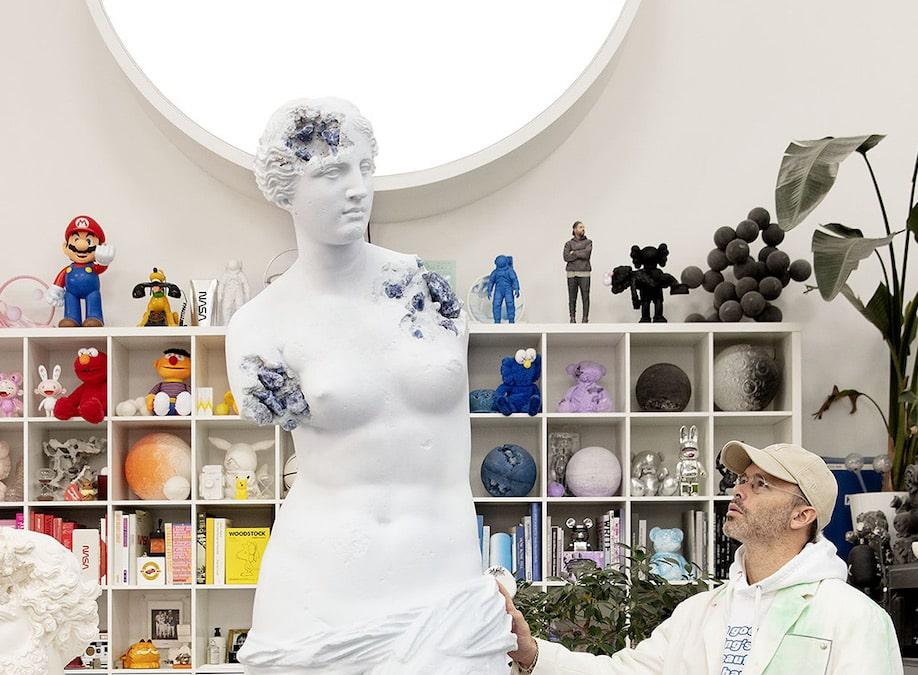 Daniel Arsham, cet artiste qui bouscule les codes de l'art contemporain