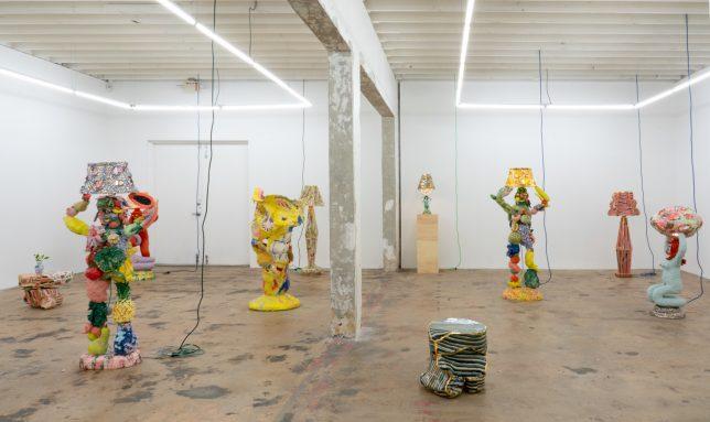 Installation Liquide Sour Tasting de Katie Stout à la Nina Johnson Art Gallery en 2020