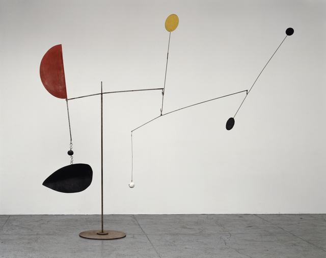 « Steel Fish », 1934, est la première des sculptures de Calder à être exposée aux éléments de la nature