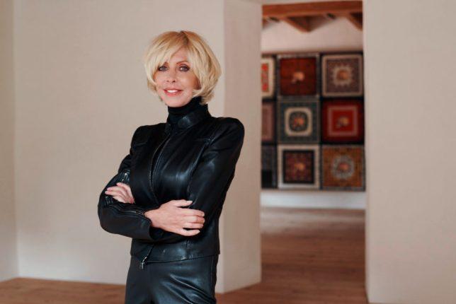 Grażyna Kulczyk, femme engagée dans le monde de l'art, investisseuse, collectionneuse d'art et philanthrope polonaise.