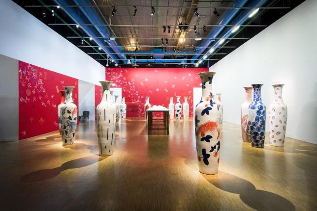 Barthélémy Toguo, art africain, Afrique, peinture, installation, Vaincre le virus