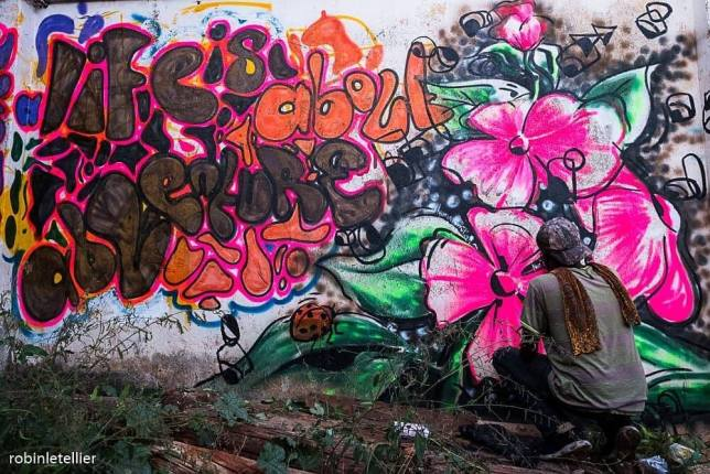 « Life is about adventure », Afri-cans Street Art Fest, Ouganda, street art