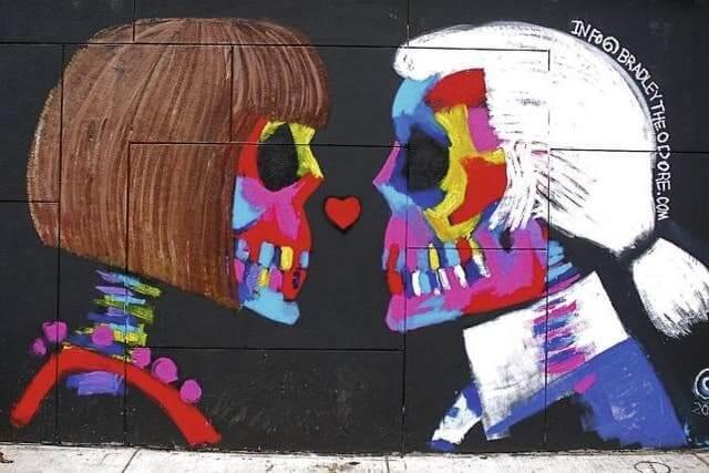 Bradley Theodore, Karl Lagerfeld & Anna Wintour skeleton street art