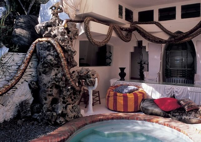 Dali artist house
