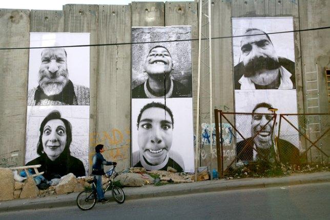 Face 2 Face, JR, 2007 - Mur de Gaza