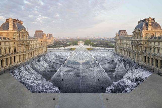 Le secret de la grande pyramide, JR, 2019 - Louvre