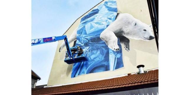 Murale d'un ours polaire par NEVERCREW, Street Art Fest, Grenoble, street art