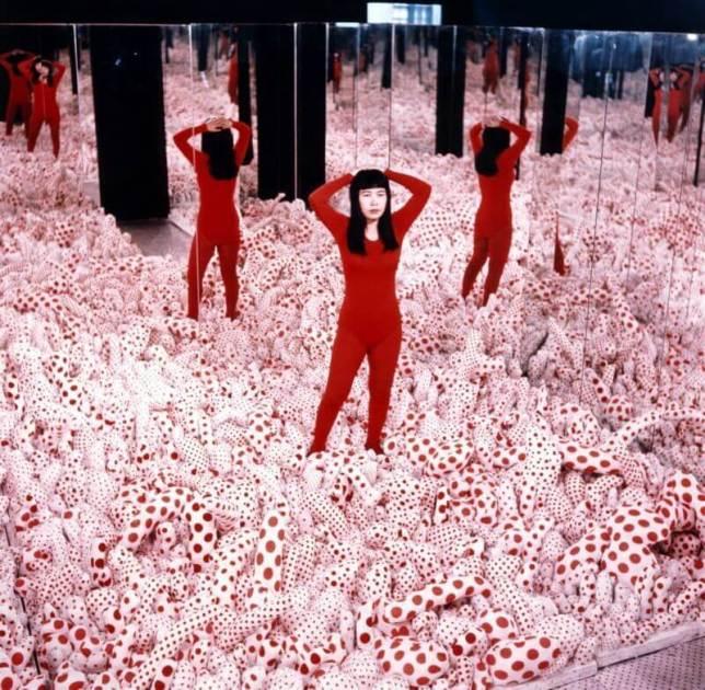 "Yayoi Kusama, ""Infinity Mirror Room – Phalli's Field"""